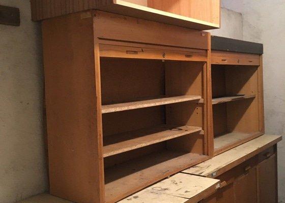 Odvoz starého nábytku a vybavení do sběrného dvora