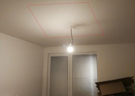 Sádrokartonová světelná rampa + příčka