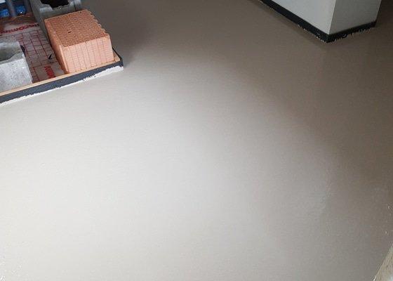 Lité podlahy - strojní omítky