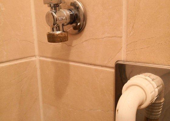 Výměna kohoutu přívodu vody k pračce