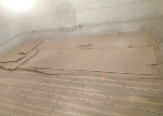 Renovace podlah a položení lina