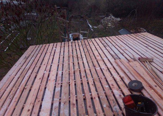 Zhotoveni strechy na chate cca 100 m2