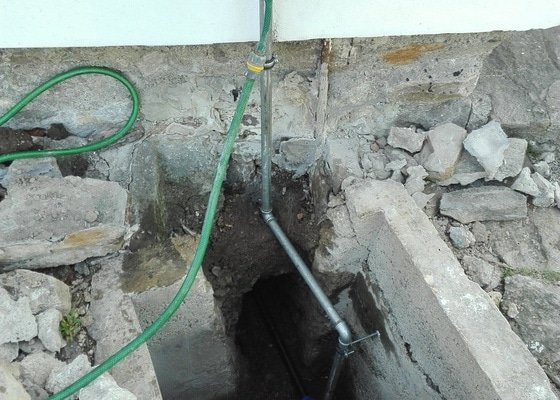 Rekonstrukce koupelny, domácí vodárna