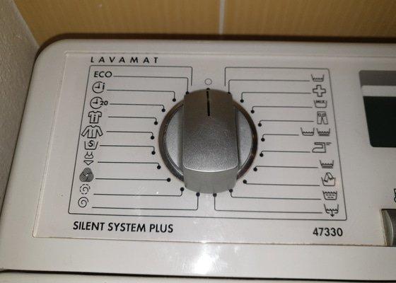 Pračka AEG Lavamat 47330 - nejde zapnout