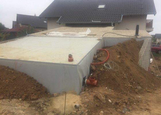 Přístavba bazénu