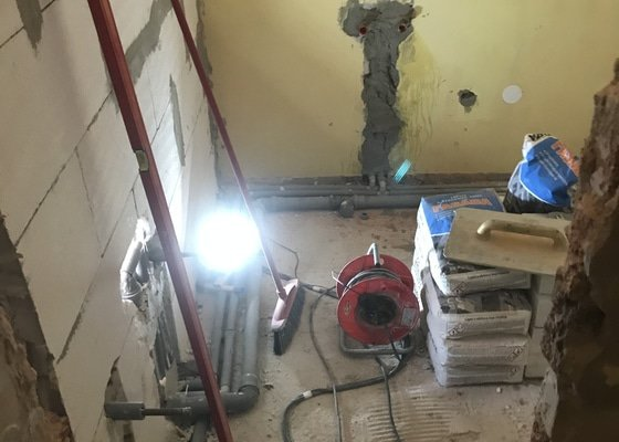 Rekonstrukce koupelny, wc + pár drobností