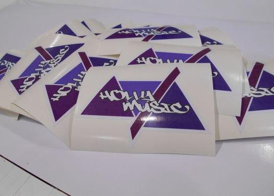 Tisk samolepky s tvar. ořezem / plakáty pro budoucí hvězdu hedební produkce :-)