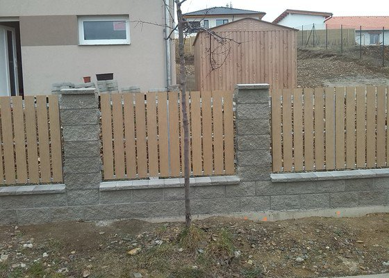 Vjezdová brána a branka