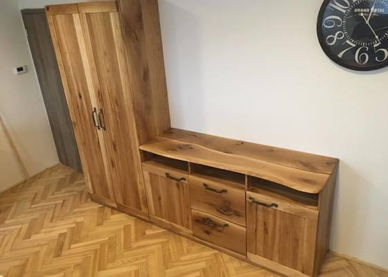 Rustikální dubový nábytek