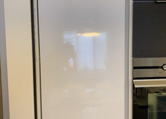 Vestavene dvere lednice