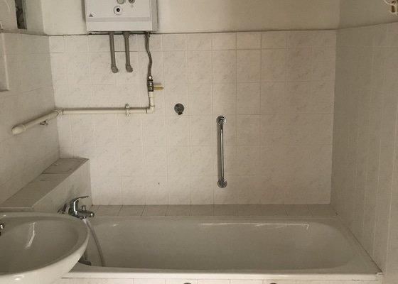 Rekonstrukce koupelny a toalety
