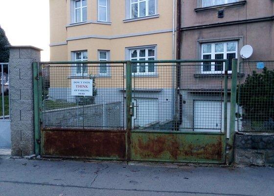 Náter venkovního plotu