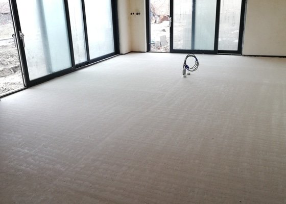 Litá podlaha Pribice