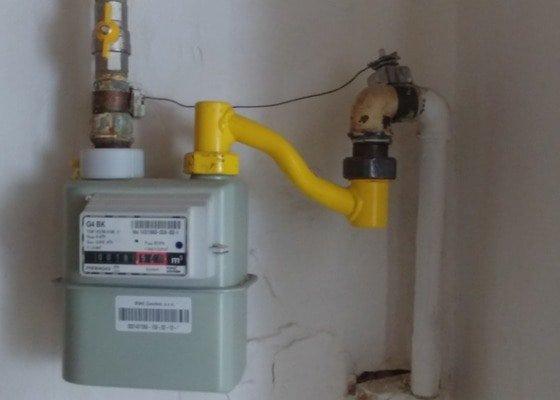 Nové plynové  připojení  ke sporáku  a nový  sporák