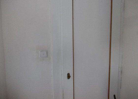 Nátěry dveří v bytě