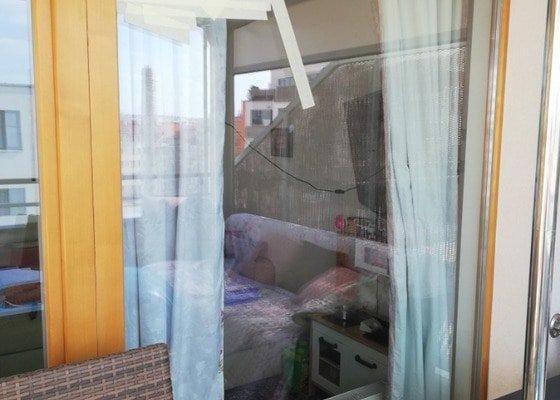 Výměna skel u dřevěných oken