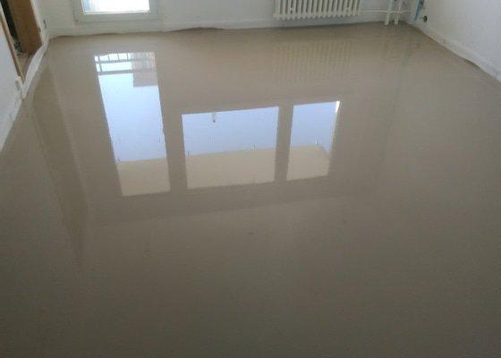 Nivelace podlah v panelovém bytě