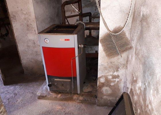 Výměna starého kotle za automat na uhlí Ekoscroll