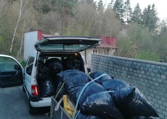 Provetrani živého plotu a odvoz odpadu