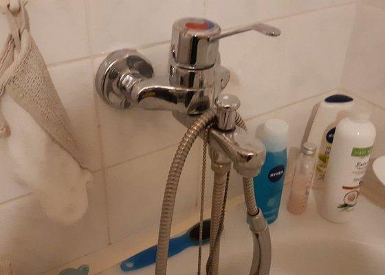 Instalatér - Vymena WC nadrzky a baterie