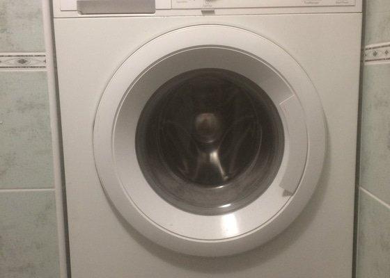 Sušičku nad pračku