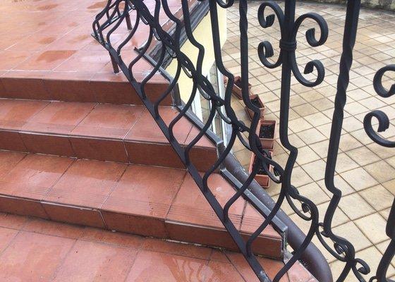 Zatékání terasy a 2 balkonů