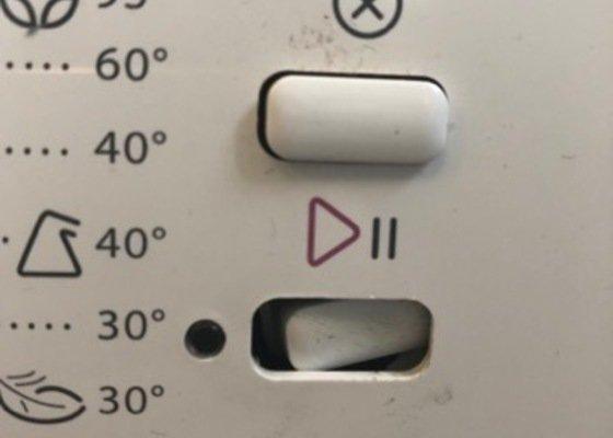 Oprava pračky Whirlpool AWS 63013