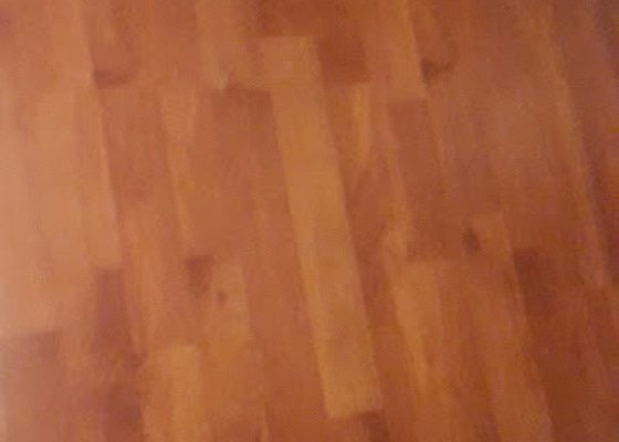 Pokládka laminátové podlahy  13m čtverečních