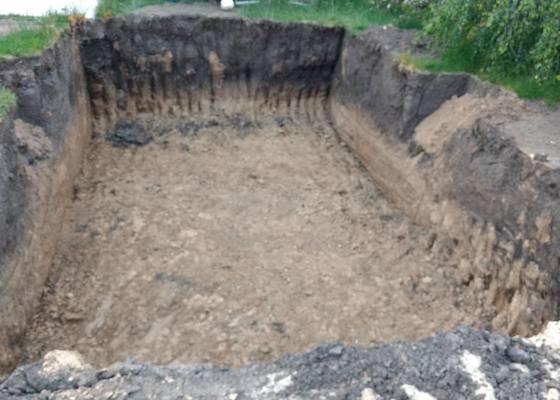 Základová deska pod bazén 6,2x3,2x1,4 m