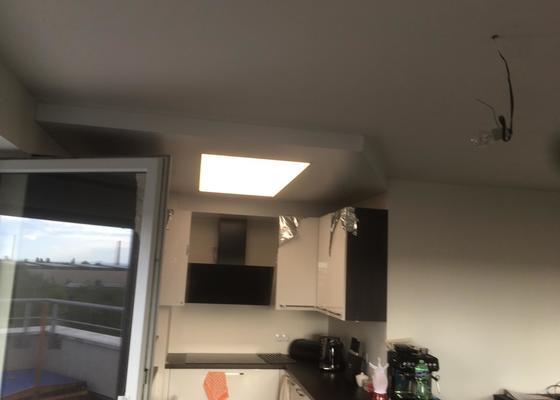 Realizace  napínaných podhledů v kuchyně a obýváku