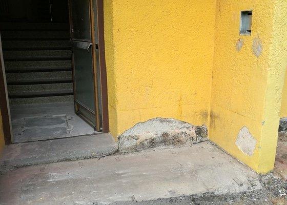 Rekonstrukce vchodu panelaku