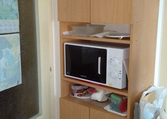 Výmalba kuchyně + strop vestibulu
