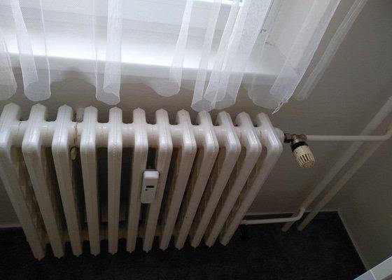 Výměna 5-ti radiátorů v paneláku