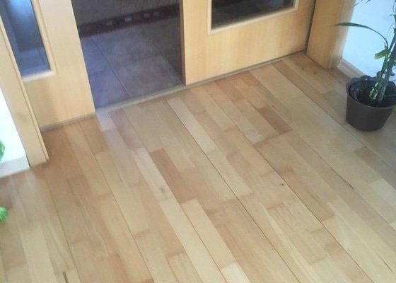 Renovace dřevěné podlahy,