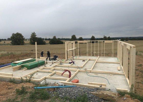 Výstavba dřevostavby na kíč