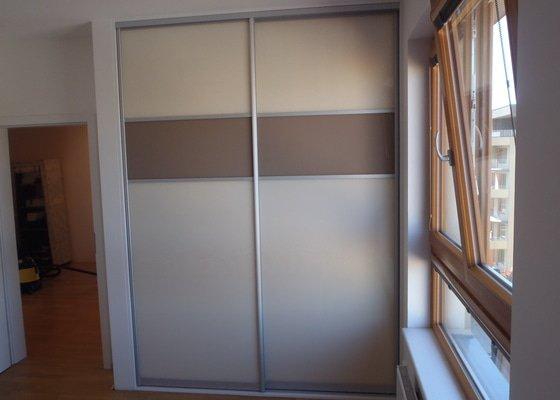 Vestavěná skříň do ložnice