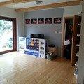 dřevěná podlaha k výměně / opravě.