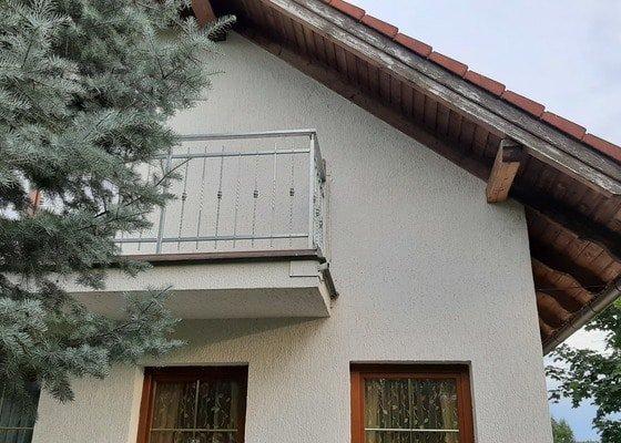 Obnovení nátěru krovu