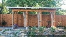 Atriová zahrada s altánem