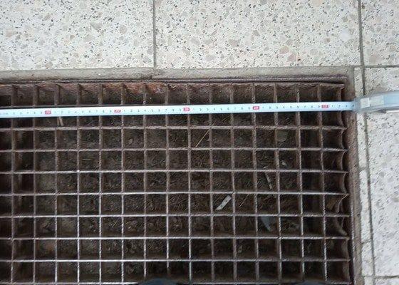 Výroba kovové vstupní venkovní čistící rohože