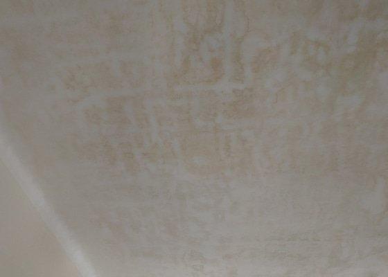 Přemalování stropu po vytopení