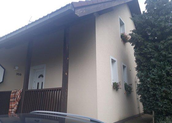 Údržba RD - nátěr krovů a nátěr podbití střechy