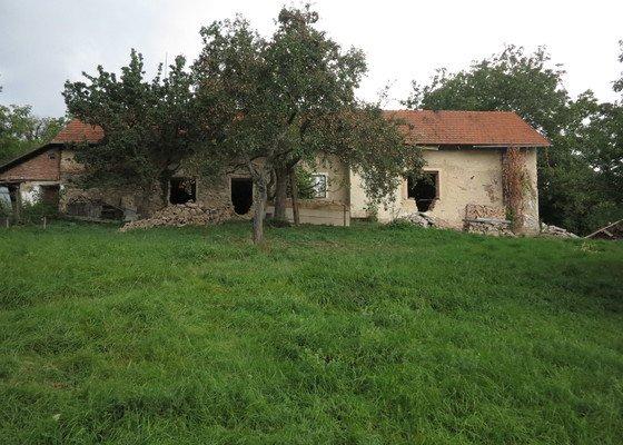 Rekonstrukce kamenného stavení k trvalému bydlení