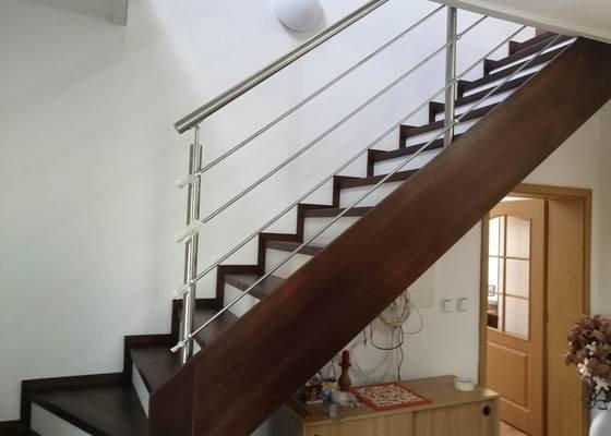 Výměna schodiště v RD