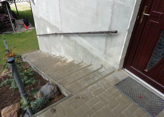 Pokládka zámkové dlažby,schody
