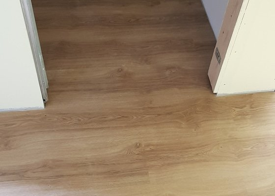 Pokládka click vinylové podlahy