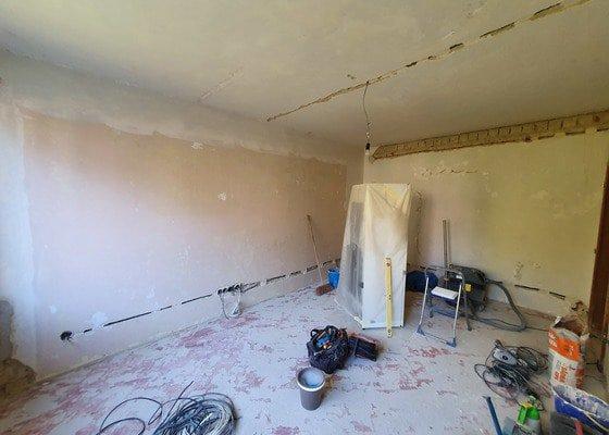 Zednické a malířské práce bytu