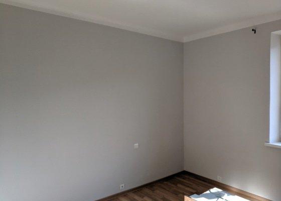 Úprava omítek a vymalování bytu