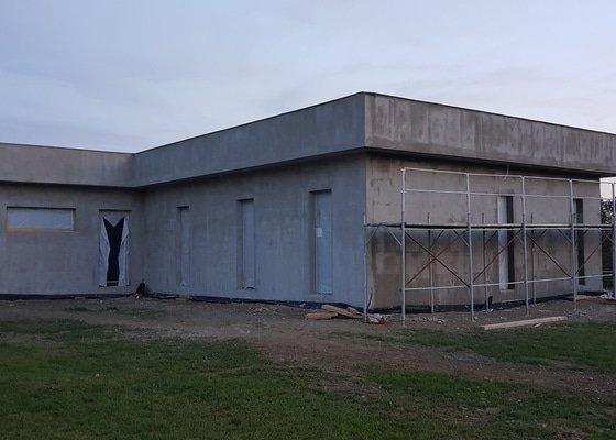 Hromosvod na novostavbě RD, bungalov, plochá střecha s oplechováním atiky
