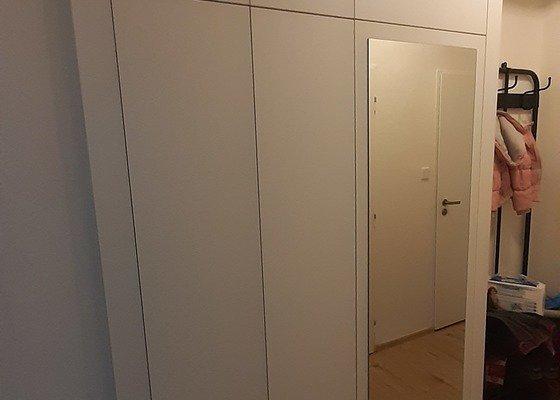 Zhotovení vestavěné skříně